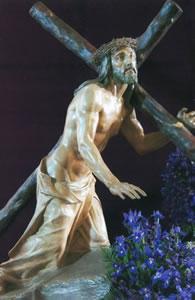 VI ESTACIÓN: JESÚS CAE BAJO EL PESO DE LA CRUZ